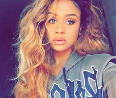 Pinterest @Sylviaqueenx19 ❤ Black Girls Hairstyles, Cute Hairstyles, Jilly Anais, Black Hair Inspiration, Sew In Wig, Curly Hair Styles, Natural Hair Styles, Pretty Face, Hair Goals