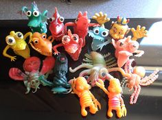 Rubber Uglies Monsters- the kind you could get in a gumball machine! Mounstros de Dedo