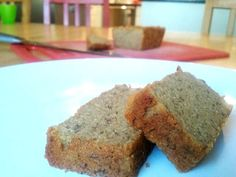 Banana Bread :: overripe bananas, eggs, butter, honey, baking soda, cinnamon, salt, coconut flour.