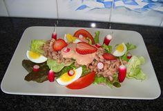 Recept voor Moderne garnalencocktail. Meer originele recepten en bereidingswijze voor voorgerechten & hapjes vind je op gette.org.