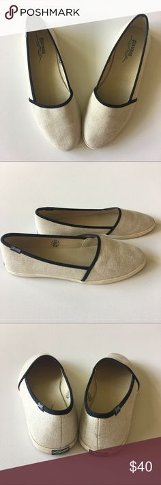 soludos • sandshoe slip-on soludos • sandshoe slip-on * color is natural * soludos sand shoes made for the beach! * excellent condition  ✨Bundle and save! Soludos Shoes Flats & Loafers