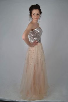New dress for sale!  prom dress size 10 for just £80! Save 60%!  http://www.weddalia.com/uk/shop-sell-my-wedding-dress/prom-dress-size-10/ #WeddingDresses via www.weddalia.com/uk