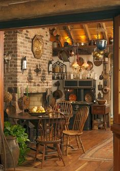 ❤️ ¿Rustic kitchen Also, kitchen. ❤️ Rustic kitchen cabinets are sometimes not made from metal. Also, it's great to have precisely what you want in your kitchen. Country Decor, Farmhouse Decor, Country Farmhouse, French Country, Primitive Country, Country Blue, Rustic French, Farmhouse Interior, Rustic Feel