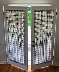 French doors are a bit of a curtain conundrum – if you use hanging curtains on a rod above they're always in the way when you want to go in and out, while off-the-rack French door panel… curtains DIY French Door Curtain Panel Tutorial French Door Curtain Panels, Door Panel Curtains, French Door Windows, Glass Door Curtains, Patio Door Curtains, Diy Curtains, Curtains With Blinds, Hanging Curtains, Curtains For French Doors