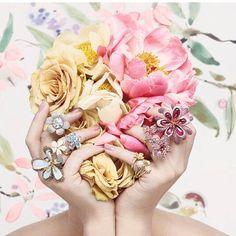 #Repost @marionfasel ・・・ Detail of the pretty pink floral #jewelry editorial in the stunning #TMagazineBeauty issue @tmagazine @munnugempalace @paulmorellistudio @wendyyuejewellery @oscarheyman @davidyurman #jewelrydreams @theadventurine