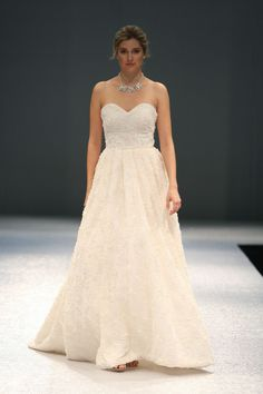 Just got this new Olia Zavozina 2014 gown in today! So cute