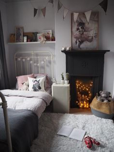 inspiring ideas for non working fireplaces, fairy lights