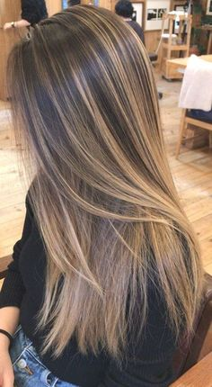 Brown Hair With Blonde Highlights, Brown Hair Balayage, Hair Color Balayage, Balayage Highlights, Highlights For Straight Hair, Highlighted Hair For Brunettes, Hair Color For Brown Skin, Summer Hair Color For Brunettes, Light Brown Highlights