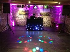 DJ Si on New Years Eve 2012 at Knightor Restaurant, St Austell Cornwall.