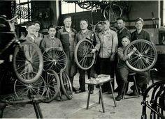 Bicycle-Factory_Horst-Liebenstein.jpg (2641×1924)