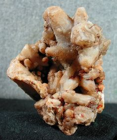 aragonite in bouquet agate