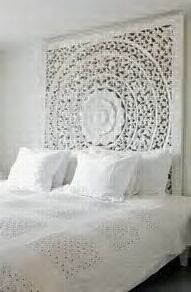 Head board to die for!