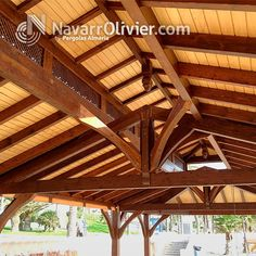 Estructura de madera a cuatro aguas para chiringuito de playa en Aguadulce, Almería. by NavarrOlivier.com