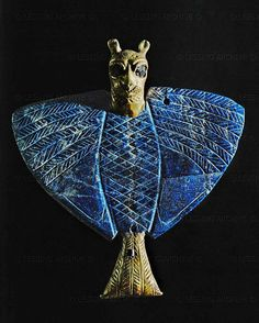 MARI JEWELRY 5TH-2ND MILL.BCE  Eagle with lion's head. Lapis lazuli, gold, copper and bitumen pendant Early dynastic period II (2658 BCE) from the Treasure of Ur, Mari, Syria