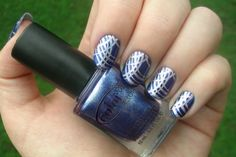 Blue with silver lines (Bundle Monster)