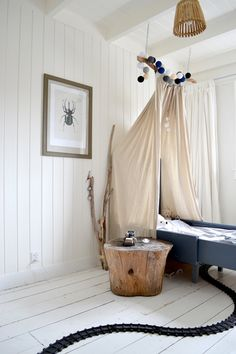 FRIVOLE: ★ Cabin -- tear out the carpet and paint the bedrooms all white.