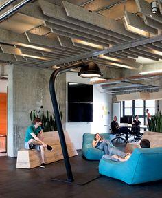 Headquarter #Office Space of Online Platform #SoundCloud by KINZO