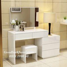 29 Ideas bedroom mirror vanity decor for 2019 Bedroom Closet Design, Bedroom Furniture Design, Home Room Design, Vanity Room, Vanity Decor, Mirror Vanity, Bedroom Table, Bedroom Decor, Dressing Table Design