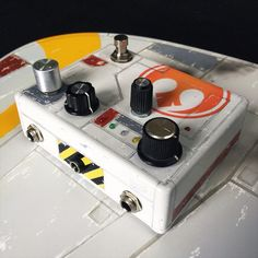 R2 effect pedal