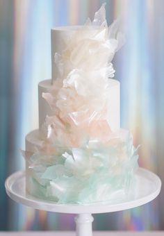 Iridescent wedding cake #weddingcakes