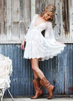 A-Line/Princess V-neck Short/Mini Tulle Lace Wedding Dress With Beading - Alternative Measures - Dress With Boots, Dress Up, Dress Skirt, Lace Dress, Chic Dress, Vestidos Country, Pretty Dresses, Beautiful Dresses, Estilo Hippie