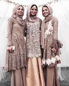 Ideas dress hijab wedding abayas for 2019 Street Hijab Fashion, Abaya Fashion, Muslim Fashion, Modest Fashion, Model Kebaya Muslim, Muslim Dress, Muslim Hijab, Pakistani Wedding Outfits, Pakistani Dresses