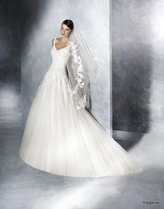 Robe de mariée Pronovias 2017. Mariage / Eleganza - Tournai - Belgique