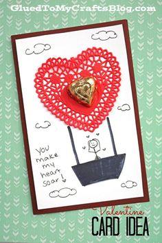 Paper Doily Hot Air Balloon - Valentine's Day Card Idea #handmadecard #valentinesday #paperdoily #gluedtomycrafts