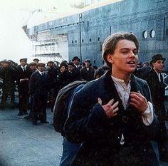 Leo on the set of Titanic Leonardo Dicaprio Biography, Leonardo Dicaprio Kate Winslet, Young Leonardo Dicaprio, Sad Movies, Iconic Movies, Titanic Behind The Scenes, Leonardo Dicapro, Jack Dawson, Titanic Movie