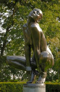 Nude sculpture, Love this one :)