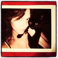 Te e Dex quando non era ancora Satana :))) #maki #marcocotizelati #lacunacoil #cute #instagood #instacool #dexter #lasere #love #cats #gatti