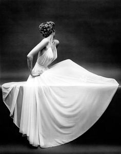 Carmen Dell'Orefice, Photographed by Mark Shaw 1954