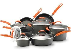 Rachael Ray's 14 Piece Cookware Set #RRGiftGuide
