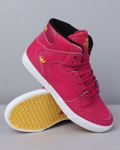 22754541de09 The Best Men s Shoes And Footwear   Cool Vaider Mag Sneakers!  Supra   sneakers