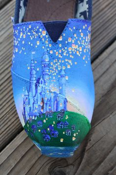 Tangled Disney flying lanterns, love!