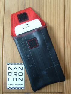 iPhone Case made ​​from recycled bike tube, red - bicycle - Bicycle Crafts, Bike Craft, Bicycle Art, Wooden Toy Cars, Wooden Scooter, Pimp Your Bike, Tyres Recycle, Old Tires, Bike Bag