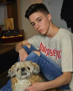 Mario, American Guy, Justin Bieber, Cute Dogs, It Cast, Celebs, Handsome Guys, Goals, Pets