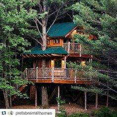 #Repost @prefabnsmallhomes  Moose Meadow Lodge available on @airbnb #interiors #interiordesign #architecture #decoration #interior #home #design #furniture #architect #homedecor #decoration #decor #prefab #smallhomes #compact #compactliving #shed #cabin #tagsforlikes #tinyhomes #tinyhouse #minimalist #minimalism #decorating #tags4likes #houseboat #chalet #container #containerhouse by andersondavideverwired