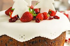 Christmas tea cake recipe, NZ Womans Weekly – The big day always creeps up on me which is why I love this cakeampnbspItamprsquos quick to whip up on the spot or make in advance - Eat Well (formerly Bite) Tea Recipes, Cake Recipes, High Tea Food, Springform Cake Tin, Grape Jam, Christmas Tea, Christmas Cakes, Square Cake Pans, Cinnamon Almonds