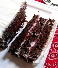 Tootsie Roll Flavor 3 Ingredient Cake Recipe ~ super easy, super good!