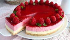 - Recipe Dessert : Raspberry mousse cake - Video recipe by. White Chocolate Mousse Cake, Raspberry Mousse Cake, White Chocolate Raspberry, Chocolate Blanco, Chocolate Cake, Food Cakes, Tea Cakes, Köstliche Desserts, Dessert Recipes