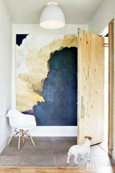 What makes fabulous foyers stand out? How do you make your guests feel welcome upon entry to your home? Here are 8 beautiful entryways to inspire.