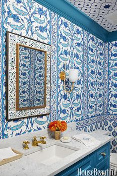 Home Tour: Beach Side Blues In Florida