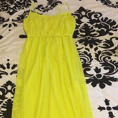 yellow dress old navy jeelry