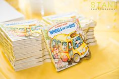 The party favorites were a book with Wheel on the bus go round and round text inside #books #childrenbooks # wheelsonthebus #goodybags