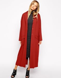 One of these days I'm going to be drowning in duster coats… one more won't hurt… right!? http://asos.to/1vqQMes