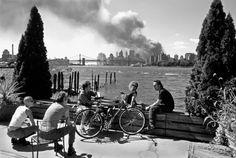 9 11 911 thomas hoepker brooklyn river people 4