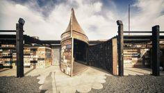 Instalaciones vinícolas creadas a partir de barcos reciclados, de Claudia Turrent + Alejandro D'Acosta Arquitectos #WoodLovers #amazingprojects #architecture #wine #wood