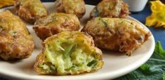 cukkinipuffancs Quiche Muffins, My Favorite Food, Favorite Recipes, Tasty, Yummy Food, Best Appetizers, Desert Recipes, Cake Recipes, Food And Drink