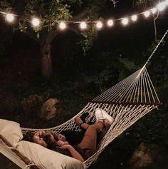 stargazing is a cute date idea!